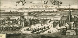 1302 Gezicht op het dorp Gapinge, in vogelvlucht, met op de achtergrond Veere en het Veerse Gat, boven een leeg ...