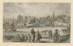 1553 Gezicht op het dorp Biezelinge, met de haven, een trekschuit, op de achtergrond de kerk van Eversdijk, en personen ...