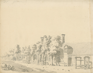1570a Gezicht op een rij huizen in het dorp Krabbendijke met een travalje en een paar personen