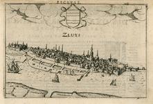 2189 Gezicht op de stad Sluis, vanuit het noordwesten, met de haven, midden boven het wapen van de stad en aan de ...