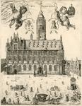 382 De voorzijde van het stadhuis en een deel van de Grote Markt te Middelburg, met putti met de wapens van Zeeland en ...