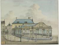 439 Vooraanzicht van de Graanbeurs met belendende gevels aan de Dam te Middelburg na de verbouwing