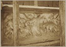 722e Details (beeldhouwwerk) vee, Christus en tentenkamp van de gevel van het huis In den Steenrotse te Middelburg aan ...