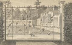 842e Gezicht op de vogeltuin van het huis Middenhof te Oostkapelle