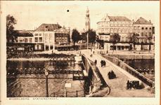 10531 Gezicht op de Stationsbrug te Middelburg met op de achtergrond de Abdijtoren een hotel café-restaurant en hotel ...