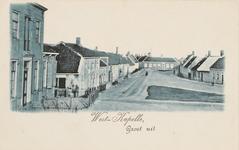 1274 Een deel van de Zuidstraat (De Kapelle genaamd) vanaf de Zeedijk gezien met links 's Landshuis en in het midden ...