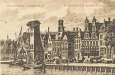 1702 Gezicht op de Dam Noordzijde te Middelburg met de kraan en daarachter de graanbeurs. Naar een kopergravure