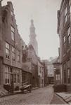 2026 Gezicht in de Nieuwstraat te Middelburg met op de achtergrond de Abdijtoren