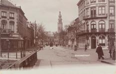 2130 Gezicht in de Stationsstraat te Middelburg met links de hoek met de Blauwedijk (verhuurder van paarden en ...