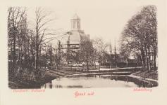 2263 Gezicht op de Oostkerk te Middelburg met rechts de Veersesingel