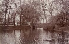 2354 Gezicht op de brug over de Veersesingel te Middelburg met links de Veerseweg