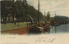 2534 Gezicht op de Rotterdamsekaai te Middelburg met afgemeerde schepen