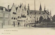 2851 Gezicht op de Balans te Middelburg met het plantsoen en een deel van de Abdij