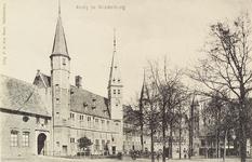 2963 Gezicht op het Abdijplein te Middelburg met het gastenverblijf van de gouverneur des konings, de S.P.Q.M.-poort, ...