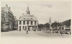 4009 Gezicht op het Beursplein met de beurs en het Bellamypark te Vlissingen