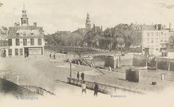 4011 Gezicht op het Beursplein met de beurs, de Koopmanshaven en een deel van het Bellamypark te Vlissingen