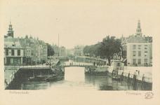 4062 Gezicht op de Koopmanshaven, de Bellamykade de Beurs en Hotel Goes te Vlissingen.Op de voorzijde van de kaart ...
