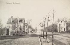 4136 Gezicht op een aantal villa's aan de Badhuisstraat te Vlissingen