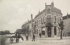 4168 Gezicht in de Kasteelstraat te Vlissingen met rechts het winkelpand van J. Verhage