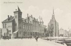 4638 Het postkantoor aan de Steenen Beer en de Rooms Katholieke Kerk te Vlissingen