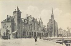 4639 Het postkantoor aan de Steenen Beer en de Rooms Katholieke Kerk te Vlissingen