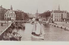 4711 Schepen in de Voorhaven en de Koopmanshaven te Vlissingen