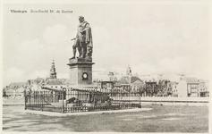 4985 Het standbeeld van Michiel Adriaanszoon de Ruyter op het Keizersbolwerk te Vlissingen