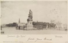 4986 Het standbeeld van Michiel Adriaanszoon de Ruyter op het Keizersbolwerk te Vlissingen