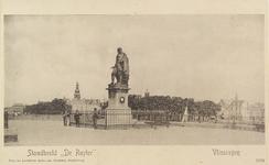 4987 Het standbeeld van Michiel Adriaanszoon de Ruyter op het Keizersbolwerk te Vlissingen