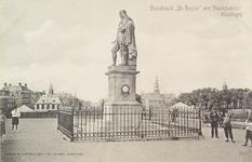4988 Het standbeeld van Michiel Adriaanszoon de Ruyter op het Keizersbolwerk te Vlissingen