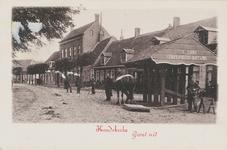 502 Militairen, de travalje en paard met sleepbord op het Dorpsplein te Koudekerke