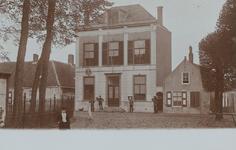 516 Het gemeentehuis aan het Dorpsplein te Koudekerke