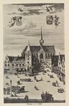 5423 Gezicht op de Grote Markt en de Korte Kerkstraat in Goes, met het stadhuis en de Maria Magdalenakerk, naar een ...