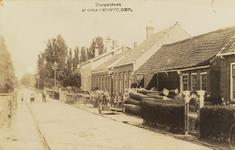 5471 Gezicht op de Dorpsstraat in 's-Gravenpolder