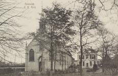 5762 Gezicht op de rooms-katholieke zaalkerk in Ovezande met bijbehorende pastorie uit 1870
