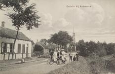 6399 Gezicht op de Kerkweg te Kerkwerve, met op de achtergrond de Nederlandse Hervormde kerk