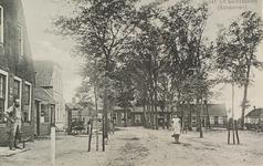 6740 Gezicht op het Dorpsplein in Serooskerke (Schouwen)