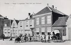 7430 Gezicht op de Kade in Tholen, met hotel-café-restaurant Logement Het Hof van Holland in Tholen
