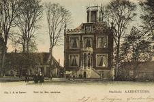 8076 Gezicht op het gemeentehuis aan de Markt te Aardenburg