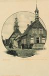 8131 Gezicht op het gemeentehuis en de Ned. Herv. kerk aan de Hoogstraat te Biervliet
