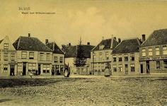 8497 Gezicht op de Markt met Wilhelminaboom te Sluis