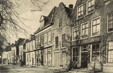 8625 Gezicht op de Kaai te Sluis met hotel 't Hof van Brussel
