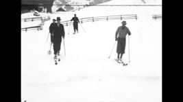 54.15 [Skiën], 1936-1938