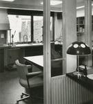2555-6 Pand van de Zeeuwse Apotheek, Grote Markt 10 te Goes, aangepast naar ontwerp van architect J.D. Poley, in ...