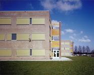 5526-1 Schoolgebouw ROC Westerschelde, Vlietstraat 11a te Terneuzen, ontworpen door architect B. Westenburger
