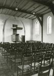 632-3 Interieur van de Nederlandse Hervormde kerk te Kattendijke, gerestaureerd door architectenbureau Rothuizen 't Hooft