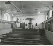 672-11 Interieur van de Nederlandse Hervormde kerk te Meliskerke vóór de restauratie onderleiding van architectenbureau ...