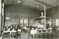 893-3 Restaurant in het bootstation van de Provinciale Stoombootdiensten in Zeeland (PSD) te Kruiningen, ontworpen door ...