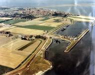 A-0242 Bruinisse / Zijpe. Vluchthaven en Tramhaven