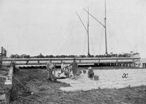 A-3453A Zuidkant Schouwen-Duiveland, locatie onbekend. Het monteren van een betonzinkstuk X, groot 308 m2. De ...